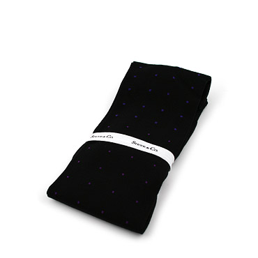 Black These classic socks made of cotton